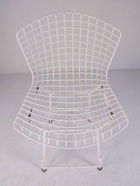 Mid-Century Modern Set of Harry Bertoia Wire Bar Stools by Knoll International For Sale