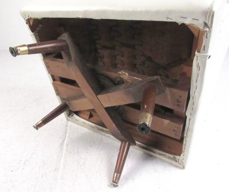 Mid-Century Swivel Rocker Lounge Chair For Sale 2