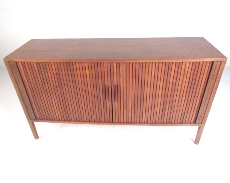 Mid-Century Modern Tambour Credenza In Good Condition For Sale In Brooklyn, NY