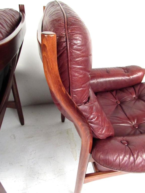 Pair Danish Leather Lounge Chairs For Sale 1