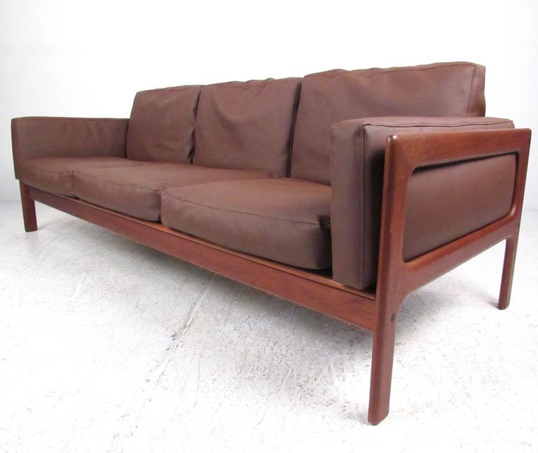 danish modern teak sofa by komfort for sale at 1stdibs. Black Bedroom Furniture Sets. Home Design Ideas