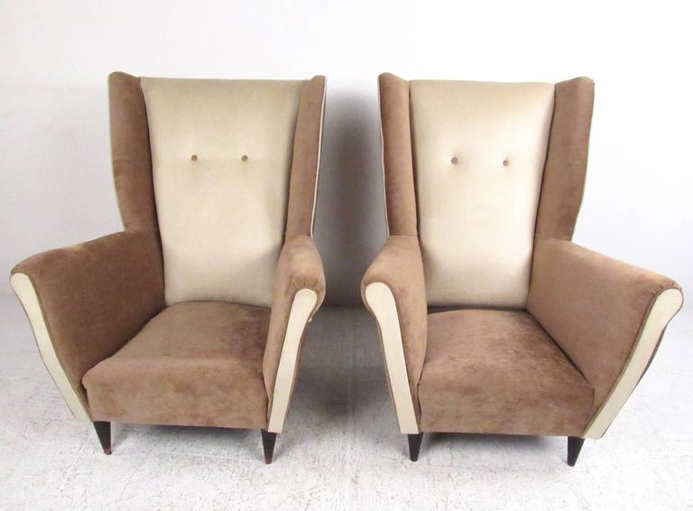 Pair of Modern Italian High Back Lounge Chairs In Good Condition For Sale In Brooklyn, NY