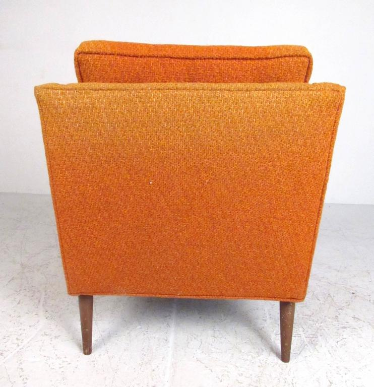 Fabric Pair of Mid-Century Modern Club Chairs For Sale