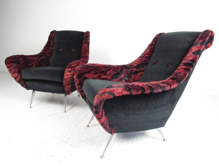 Gio Ponti Style Lounge Chairs In Good Condition For Sale In Brooklyn, NY