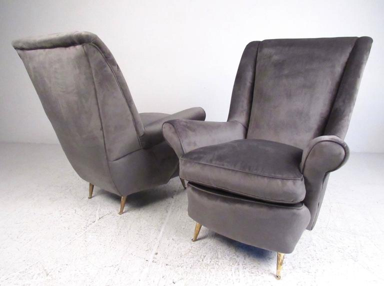 Pair italian modern lounge chairs for arredamenti isa for for Isa arredamenti