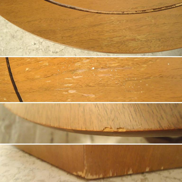 Mid-20th Century Mid-Century Modern Side Tables with Sculpted Base For Sale
