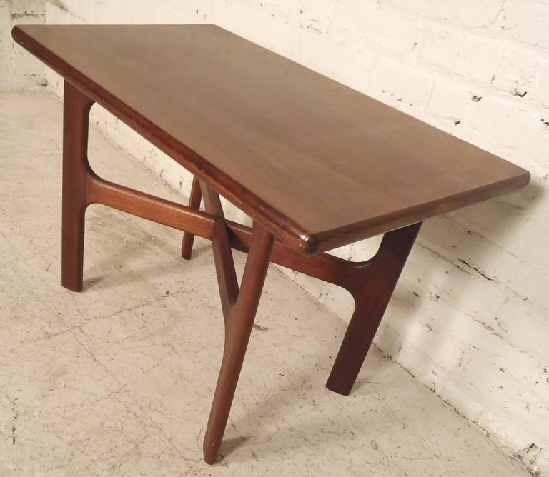 Mid-20th Century Mid-Century Modern Walnut Side Table For Sale