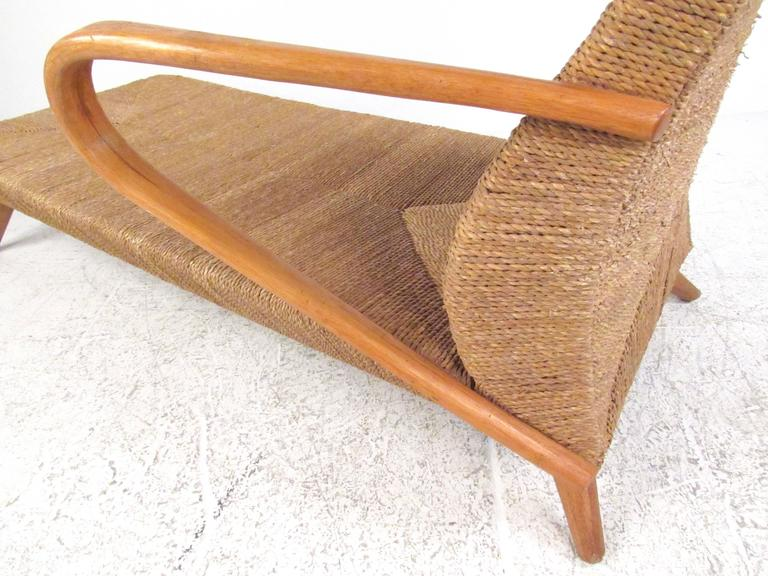 Mid century modern woven chaise lounge for sale at 1stdibs for Mid century modern chaise lounge chairs