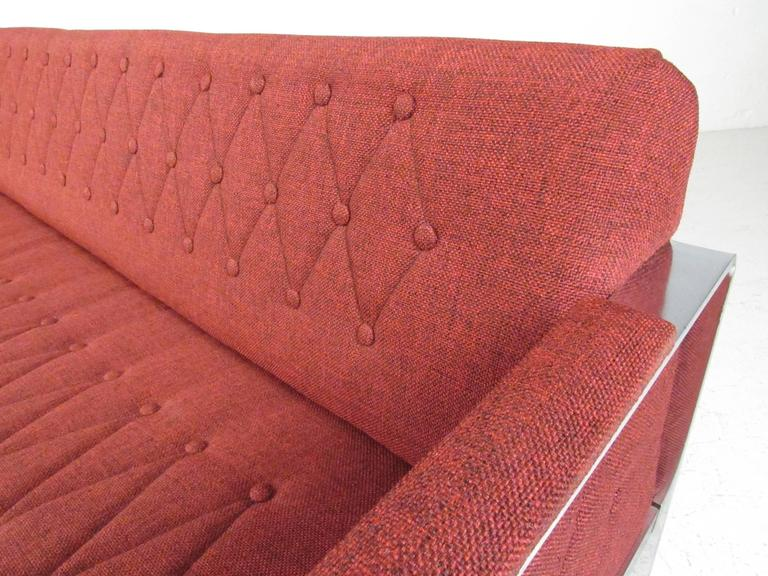 Long and Stylish Contemporary Modern Sofa For Sale 2