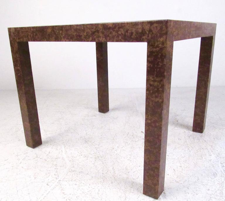 Edward Wormley Style Parsons Side Table In Good Condition For Sale In Brooklyn, NY