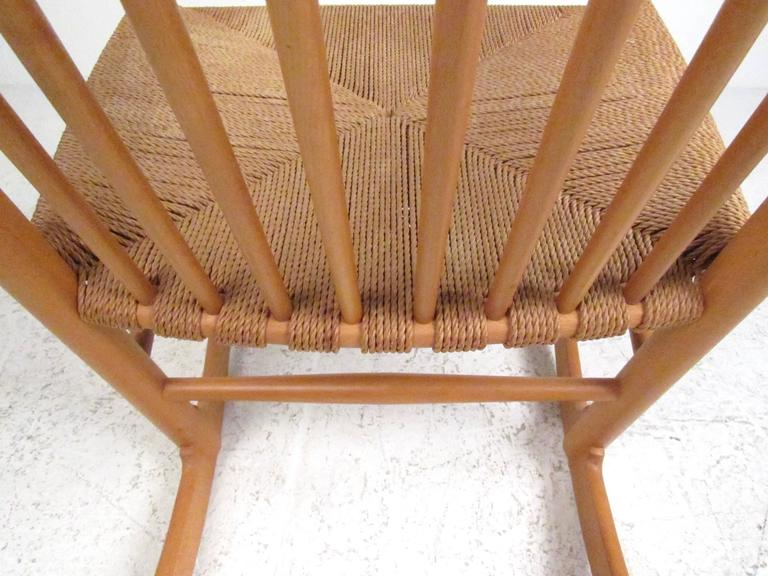 Hans Wegner J.16 Rocking Chair with Rush Seat For Sale 1