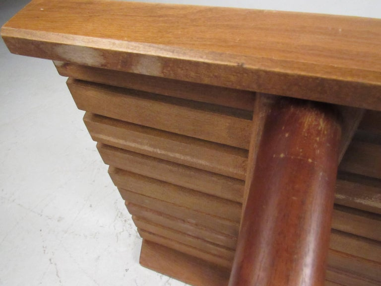 Mid-Century Modern Slat Bench Coffee Table For Sale 4