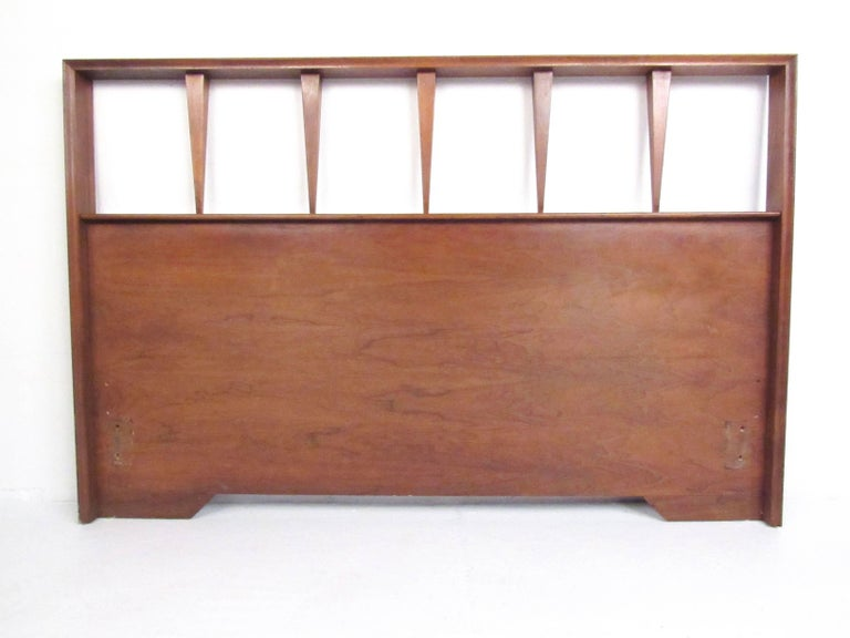 American Mid-Century Bedroom Suite in the Style of George Nakashima For Sale