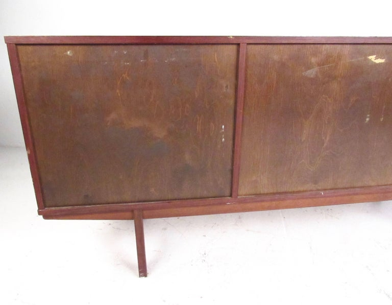 Scandinavian modern teak sideboard for sale at 1stdibs for Sideboard scandi