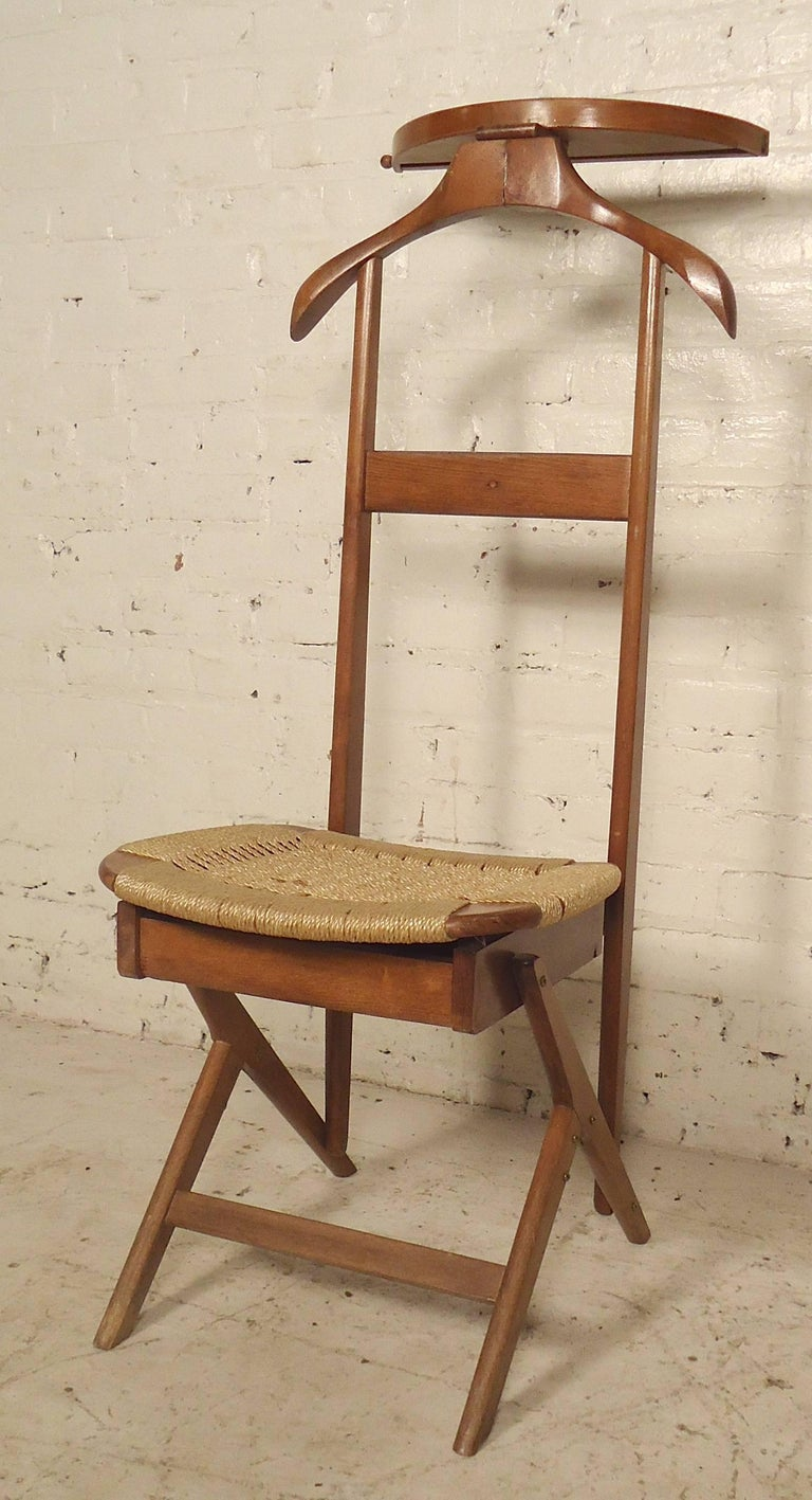 Mid Century Valet Chairs For Sale At 1stdibs