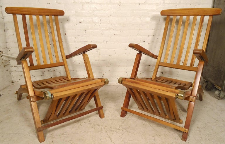 Mid-Century Modern Folding Slat Deck Lounge Chairs For Sale