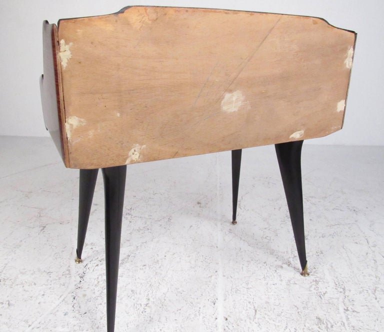 Mid-20th Century Pair Italian Modern End Tables by Paolo Buffa For Sale