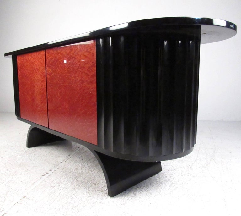 20th Century Modern Art Deco Lacquered Credenza For Sale