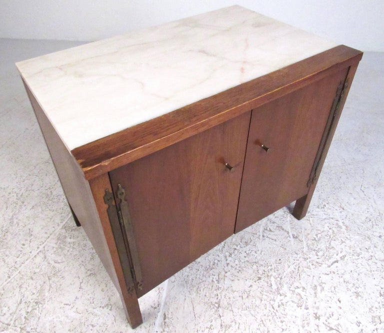 Mid-Century Modern Vintage Modern Marble-Top End Table by Drexel For Sale