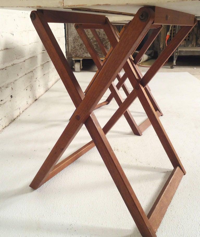 Mid-Century Modern Set of Folding Dinner Trays For Sale
