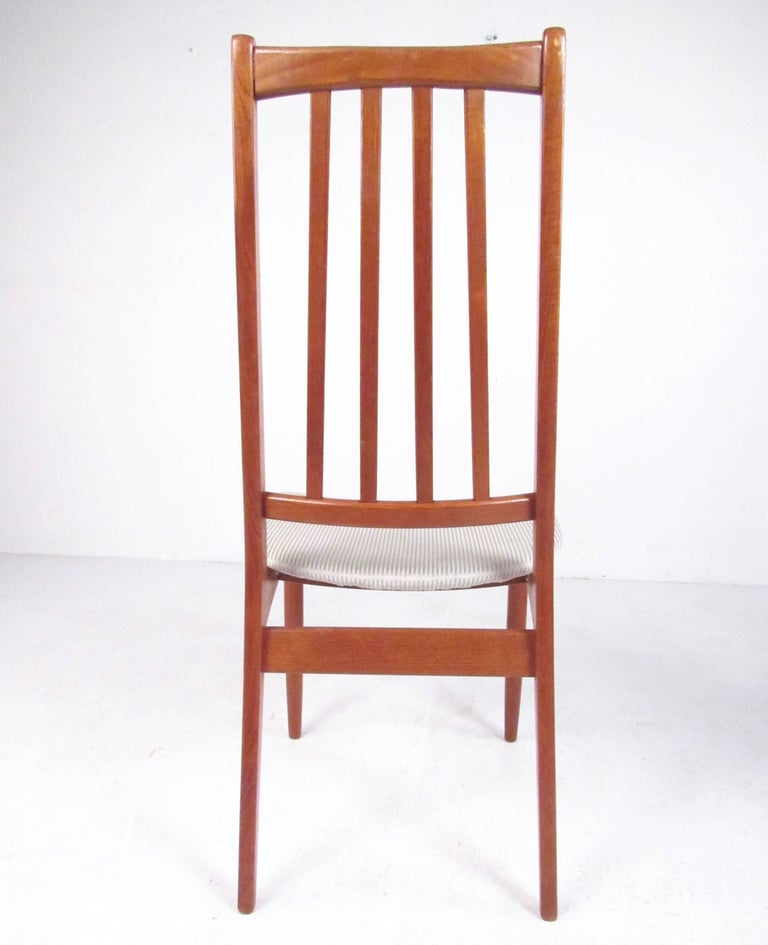 Set of Four High Back Teak Dining Chairs For Sale 3