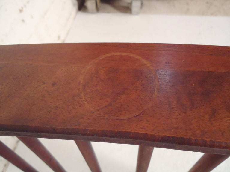Arthur Umanoff Side Table with Magazine Rack In Good Condition For Sale In Brooklyn, NY