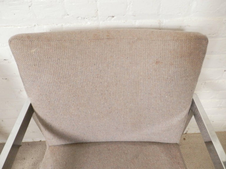 Mid-Century Modern Pair of Chrome Armchairs For Sale