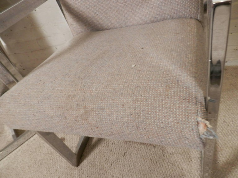 Pair of Chrome Armchairs In Good Condition For Sale In Brooklyn, NY