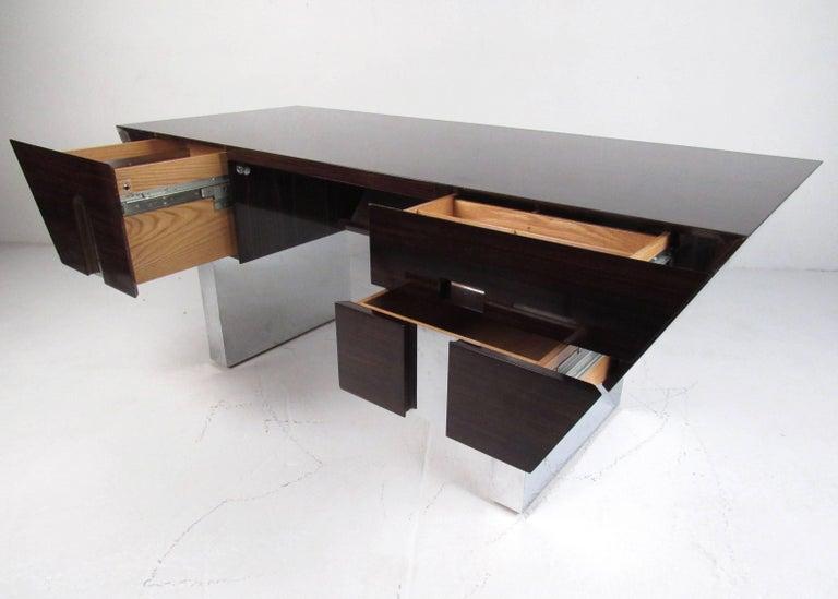 Mid-Century Modern Impressive Modern Executive Desk For Sale