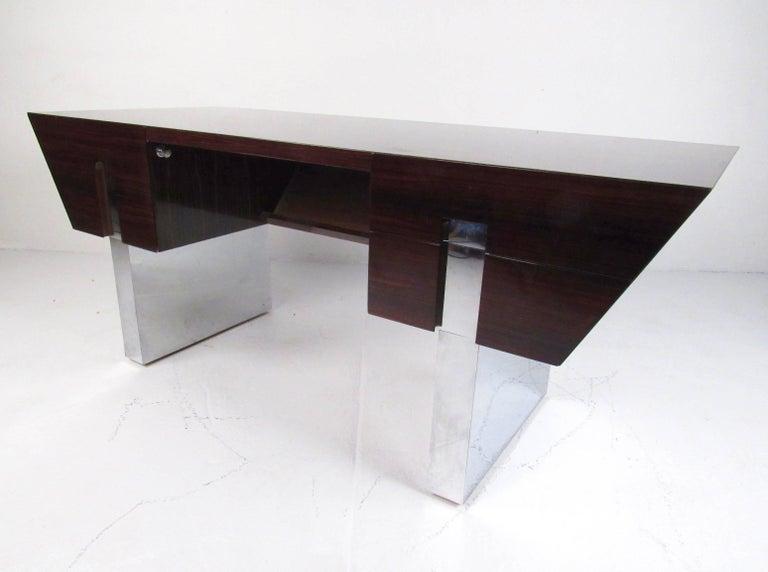 20th Century Impressive Modern Executive Desk For Sale