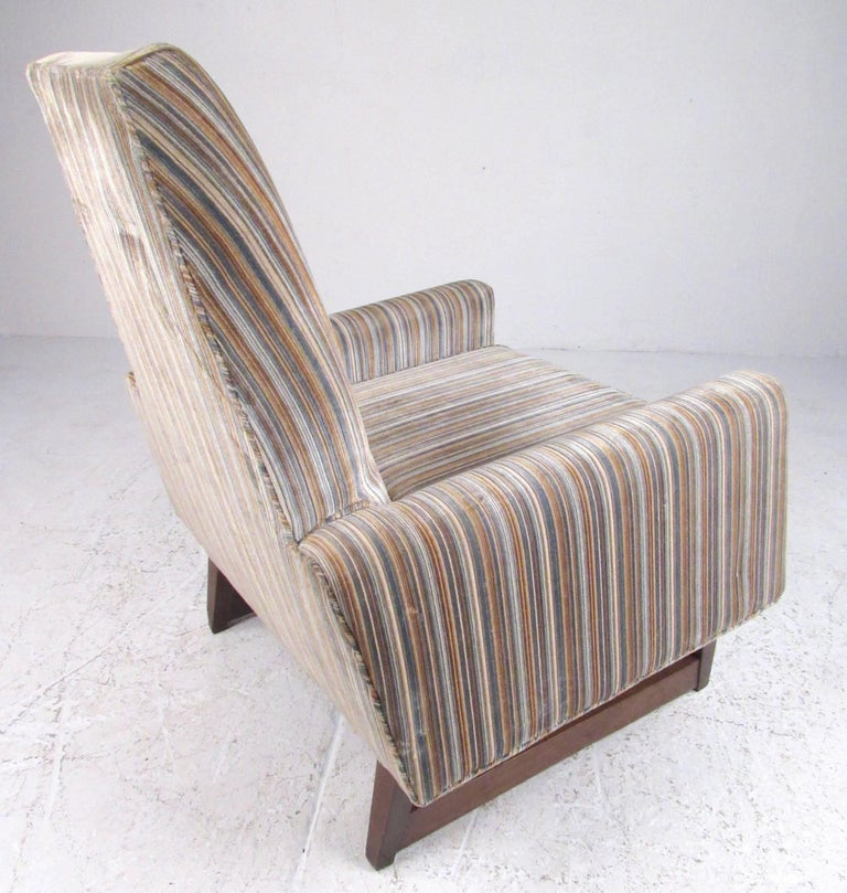 American Vintage Modern Adrian Pearsall Style Lounge Chair For Sale