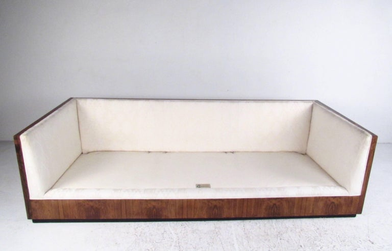 Vintage Milo Baughman Rosewood Frame Sofa for Thayer Coggin In Good Condition For Sale In Brooklyn, NY
