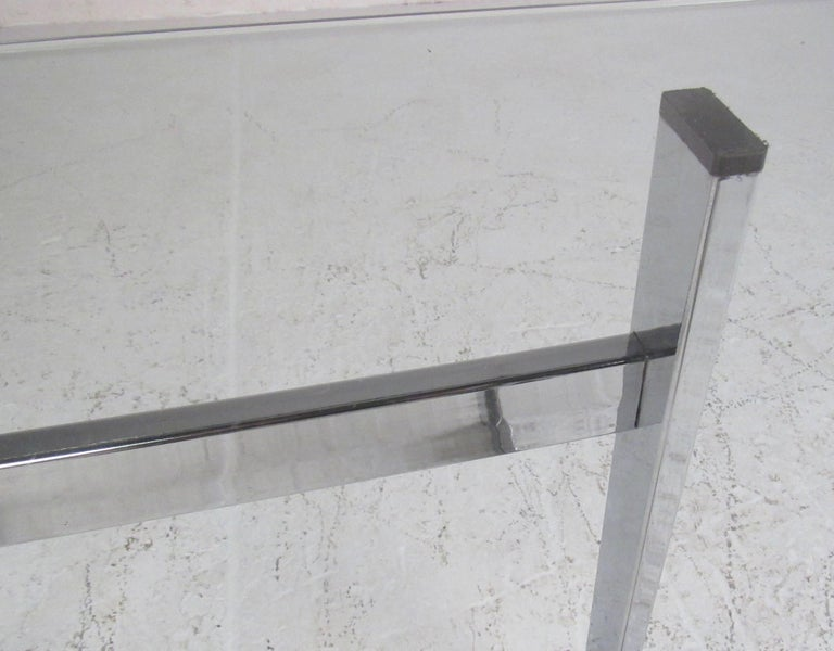 Pair of Modern Chrome and Glass End Tables For Sale 2