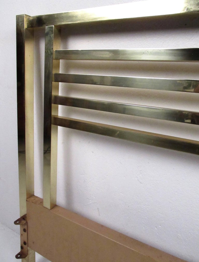 Vintage Modern King-Size Brass Bed Headboard In Fair Condition For Sale In Brooklyn, NY