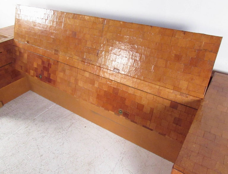 Impressive Midcentury King-Size Bed Frame in Patchwork Leather In Fair Condition For Sale In Brooklyn, NY