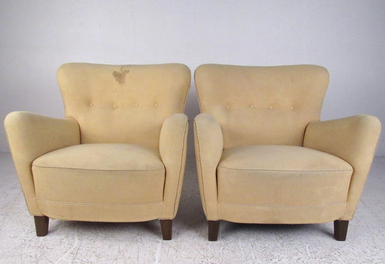 Pair of Art Deco Style Lounge Chairs In Good Condition For Sale In Brooklyn, NY