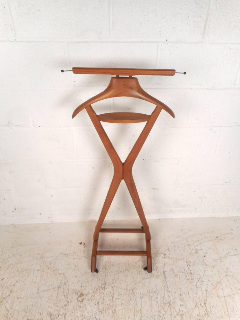 Mid-Century Modern Midcentury Italian Valet by Ico Parisi for Fratelli Reguitti For Sale