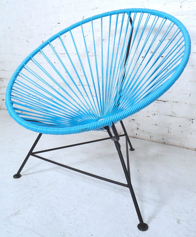Classic designed chair from the 1950s made from plastic wire and steel.  Please confirm item location (NY or NJ).