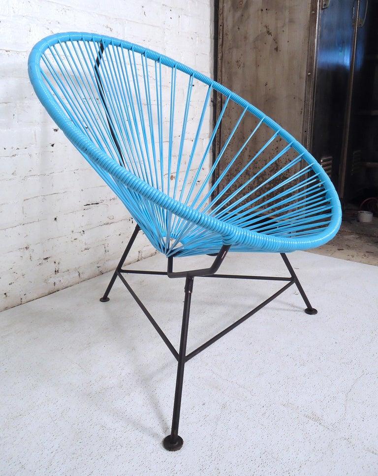 Mid-Century Modern Vintage Modern Acapulco Chair For Sale