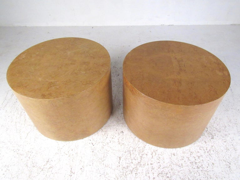 American Pair of Mid-Century Modern Cylinder End Tables in Burl Finish For Sale