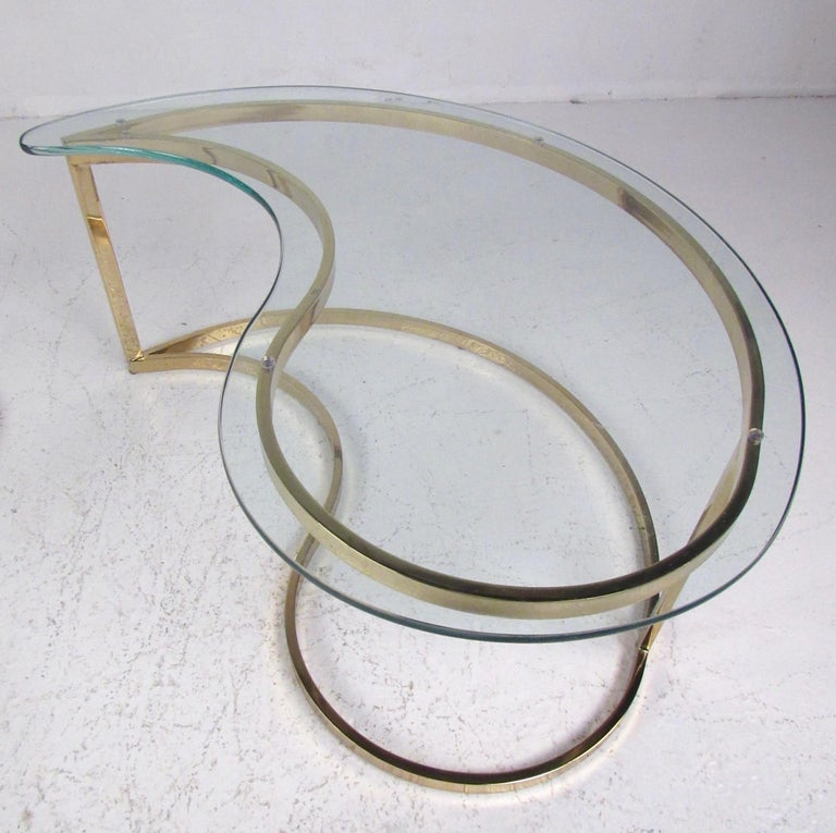 Pair of Modern Kidney Shaped End Tables For Sale 4