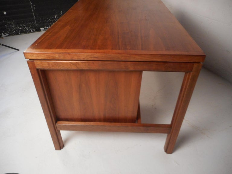 Late 20th Century Jens Risom Executive Desk with a Finished Back For Sale