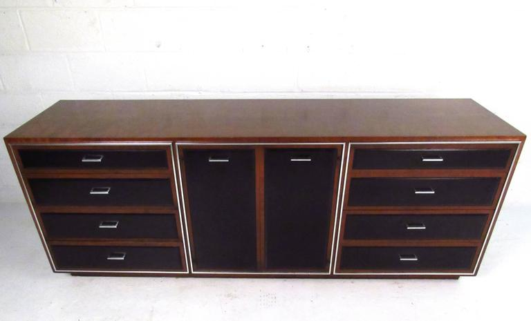 Stylish Mid Century Modern Nine Drawer Dresser By John