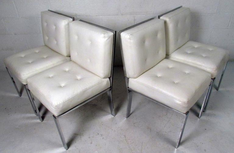 Mid-Century Modern Dining Chairs attributed to Milo Baughman For Sale 5
