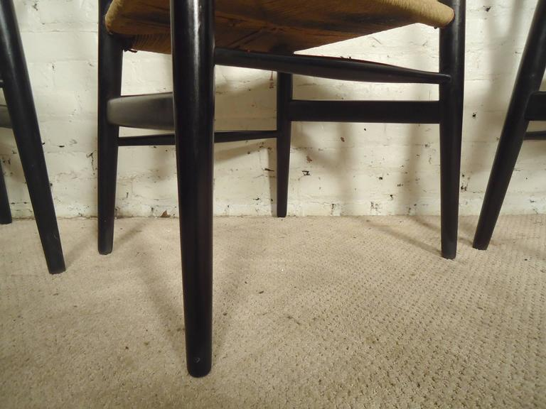 Mid-20th Century Set of Four Wegner Wishbone Chairs For Sale