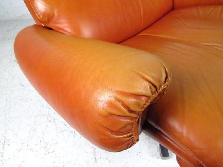 Pair of Midcentury Style Danish Rosewood and Leather Swivel Lounge Chairs 9
