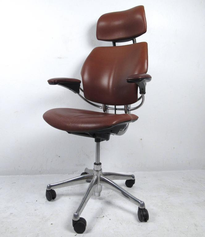 leather swivel office chair. Leather Swivel Desk Chair For Sale. The High Quality Ergonomic Headrest Freedom By Humanscale Offers An Extreme Level Of Easy Customization Office