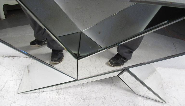 Mid-Century Modern Style Mirrored Console Table with Wall Mirror For Sale 1
