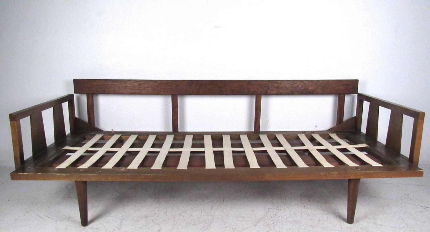 Unique mid century modern daybed sofa for sale at 1stdibs for Mid century modern day bed