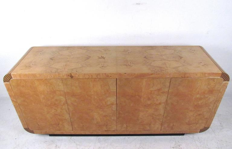 American Mid-Century Modern Burl Wood Credenza by Henredon For Sale